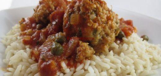 Boulettes de poisson blanc à la sauce tomate