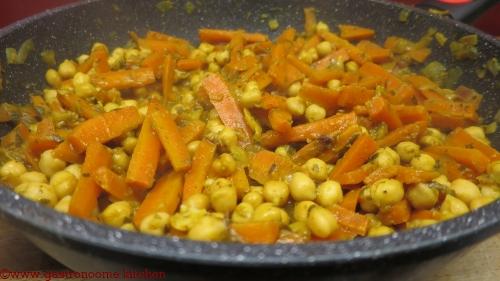 vegan - Tajine carottes et pois chiches