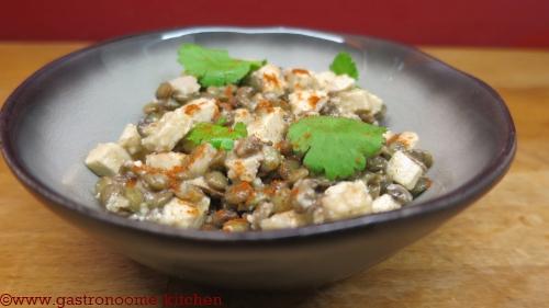 vegan - salade de lentilles au tofu fumé